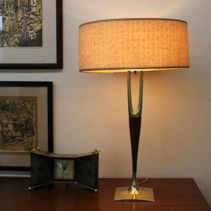 wishbone table lamp by laurel